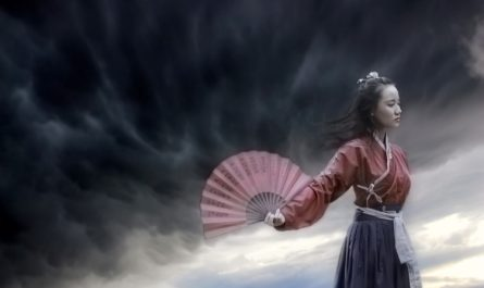 китаянка с веером
